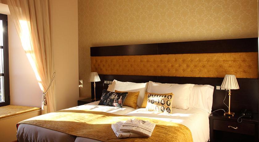 hoteles con encanto en traguntia  29