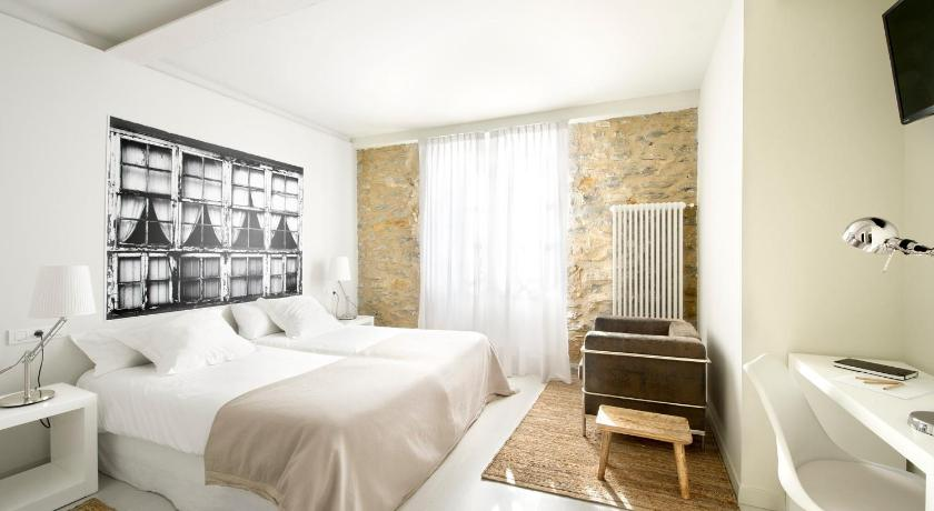 boutique hotels in álava  120
