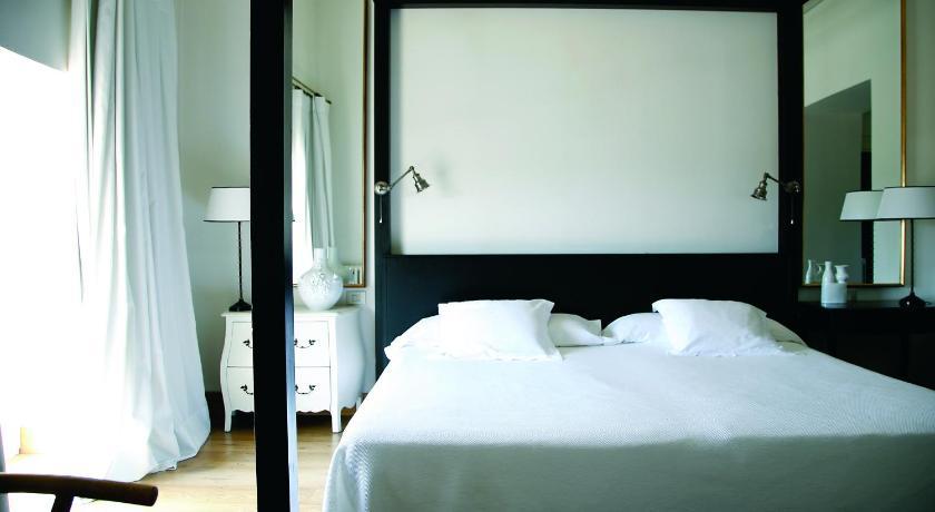 hoteles con encanto en palamós  30