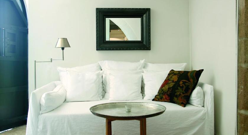 hoteles con encanto en palamós  34