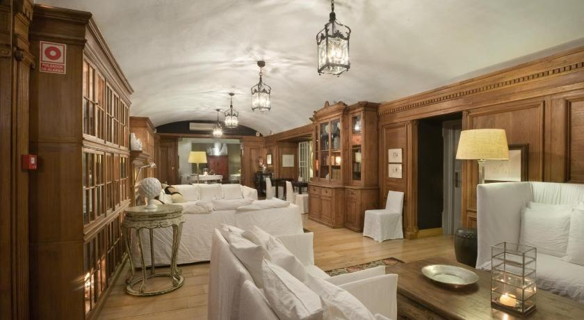 hoteles con encanto en palamós  53
