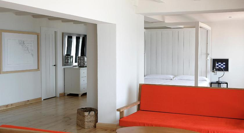 boutique hotels palamos  25
