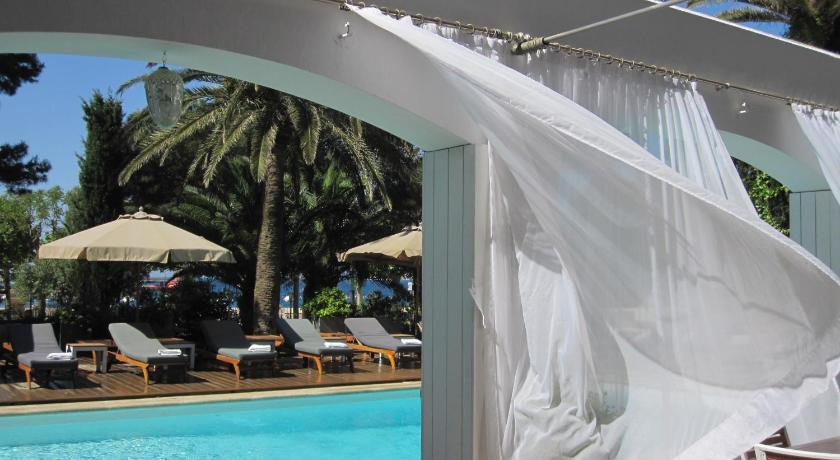 boutique hotels in palamós  75