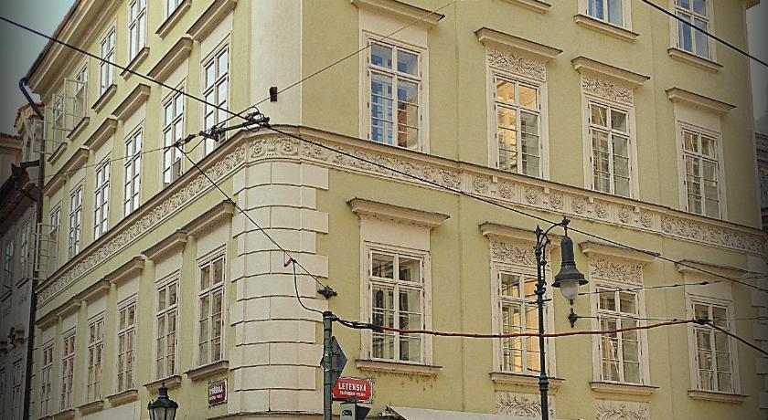 U Schnellu Tomasska 2 Prague