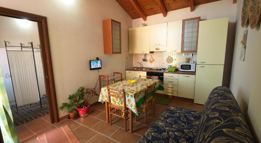 One-Bedroom Apartment - Separate living room Case Vacanza Fichi D'India
