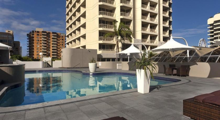 Novotel Surfers Paradise (formerly Hotel Grand Chancellor ...