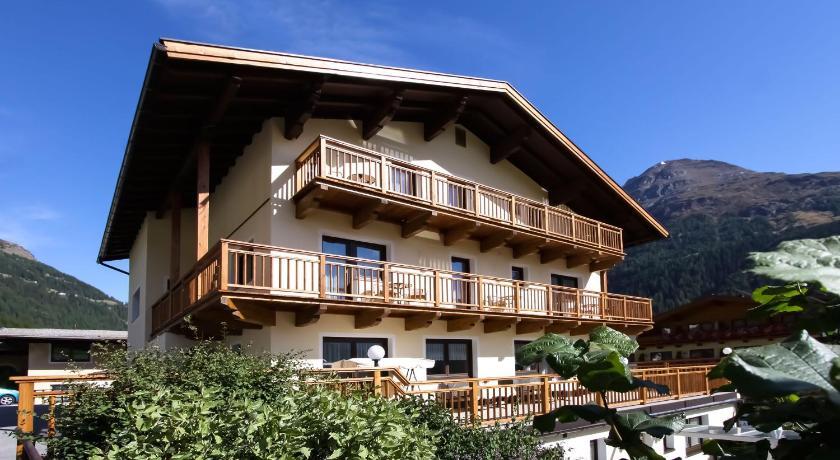 Haus Montjola Außerwaldstr. 26 Sölden