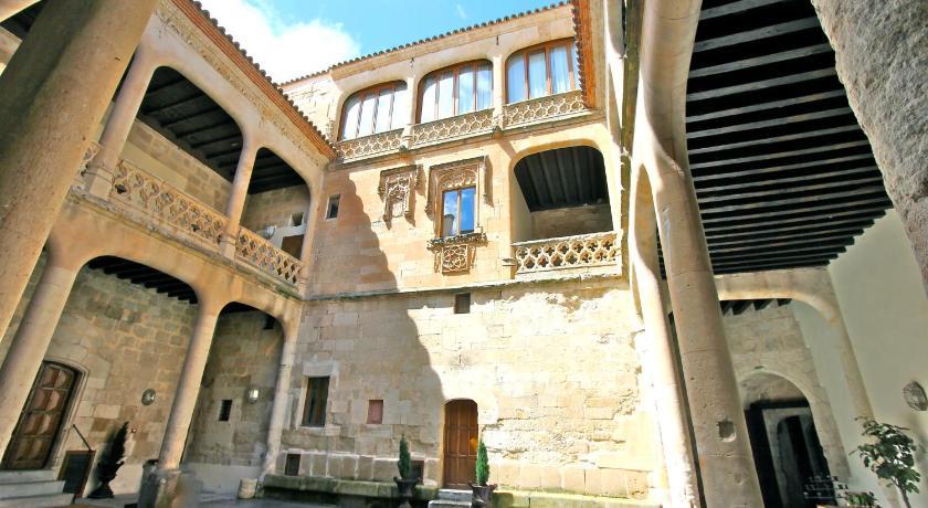 Posada Real Castillo del Buen Amor 2