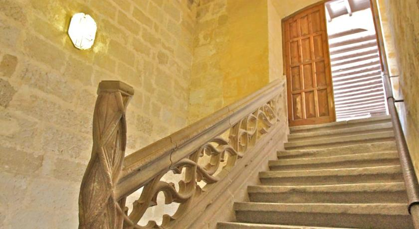 Posada Real Castillo del Buen Amor 12