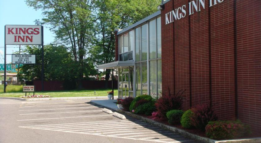 Best Price On Kings Inn Hotel In Wayne Nj Reviews
