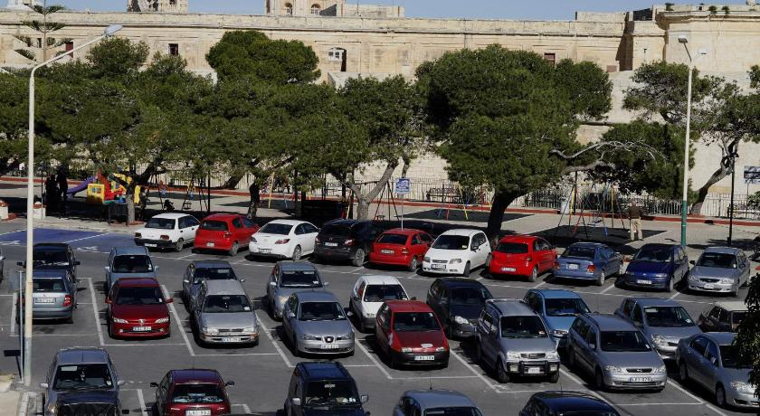 Point de vue 2/7 Saqqajja Square Rabat Rabat