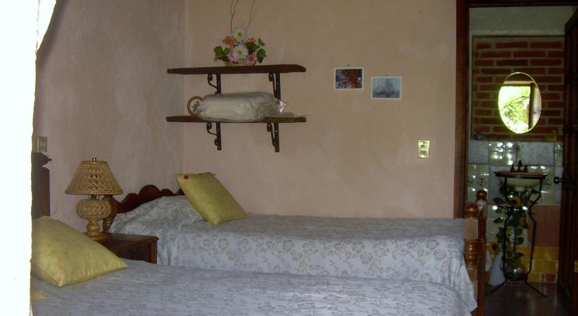 Quadruple Room - Guestroom Rancho Coyotepec