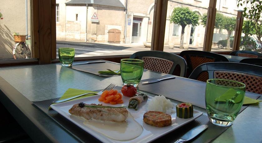 Hotel Restaurant Du Donjon Champlitte