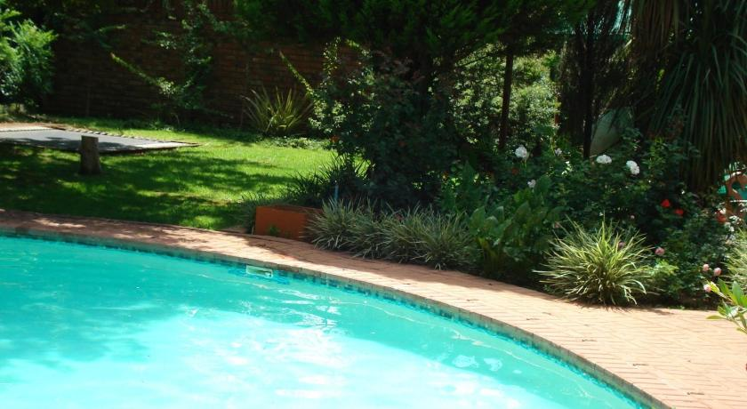 Swimming pool Anne's Place