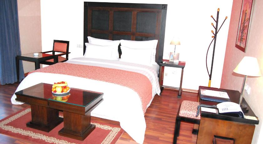 Single Room - Guestroom Business Hotel