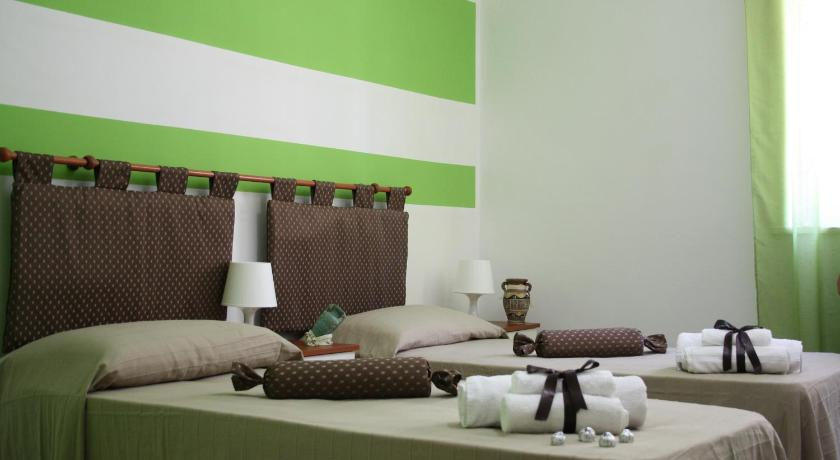 Double or Twin Room with Balcony - Guestroom Sogni di Cioccolato