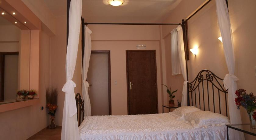 Two-Bedroom Apartment - Split Level - Guestroom Εlegant Villa Liakos