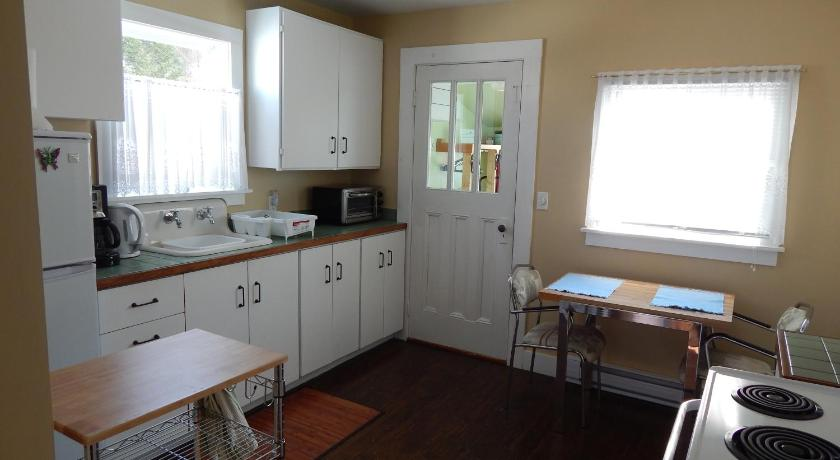 2 Bedroom Cottage Antigonish Towne Cottage