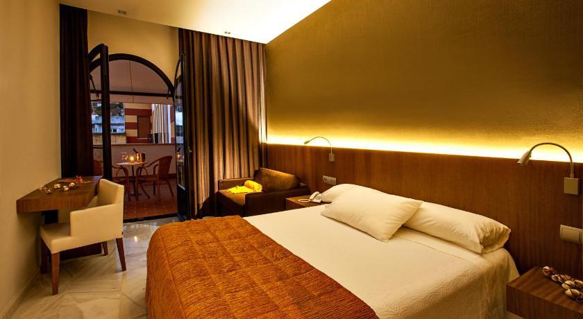 hoteles con encanto en cádiz  203