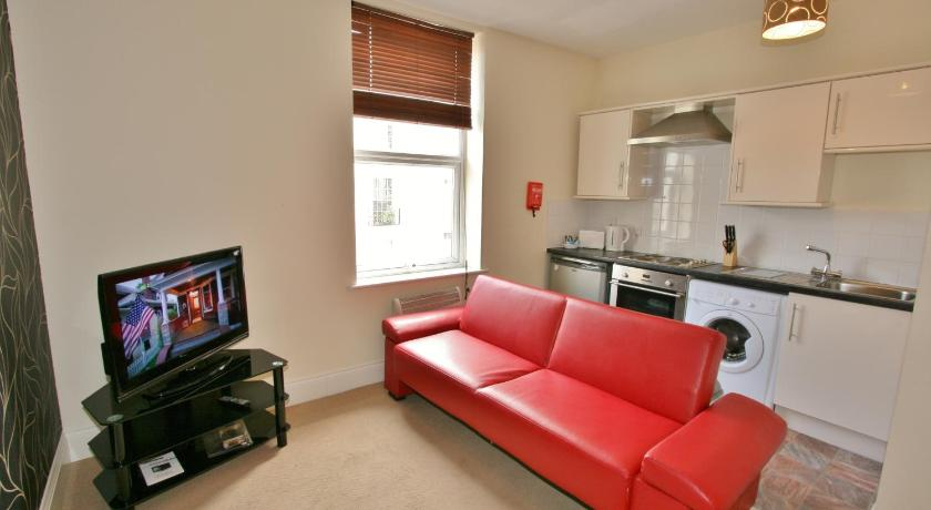 Portland Street Serviced Apartments by RoomsBooked