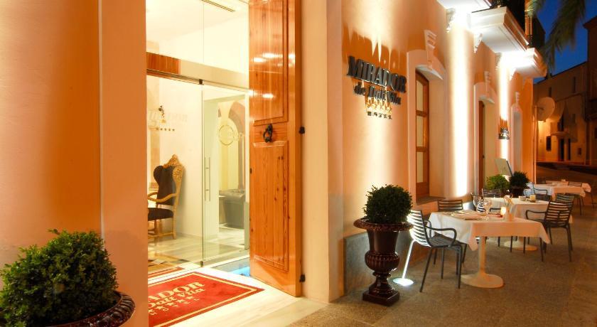 Hotel Mirador de Dalt Vila 35