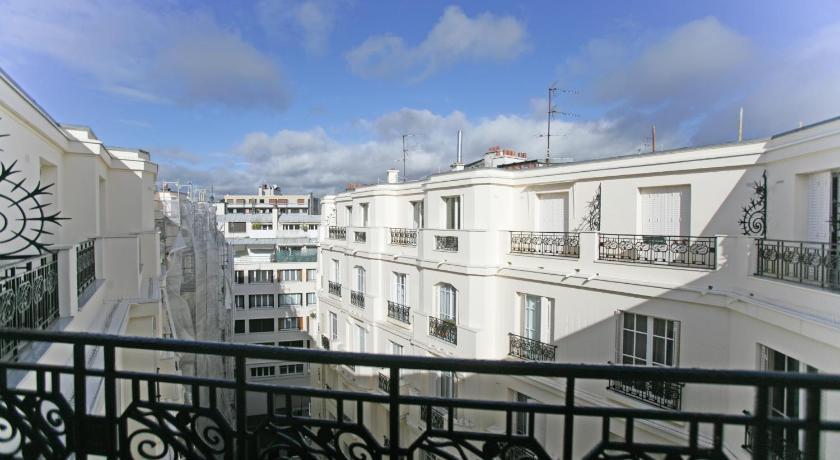 Best Price On Studio Le Marois Porte De SaintCloud In Paris Reviews - Hotel porte de saint cloud