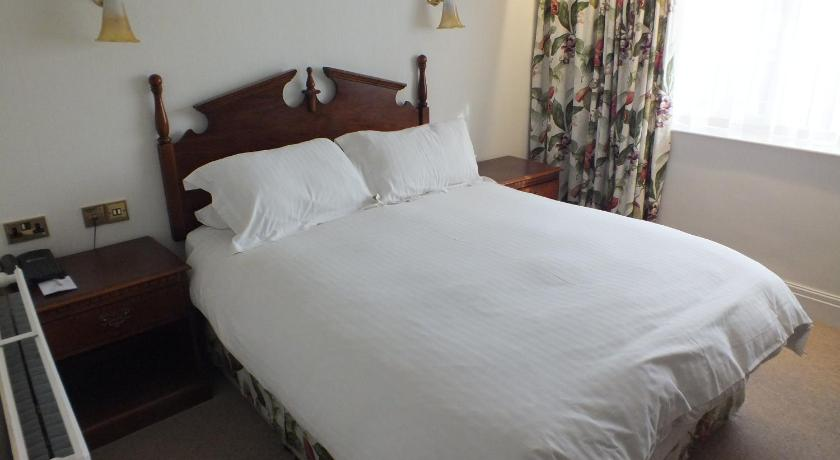 Standard Double or Twin Room The Pines Hotel