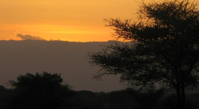 Tembo Tarangire Lodge & Camp