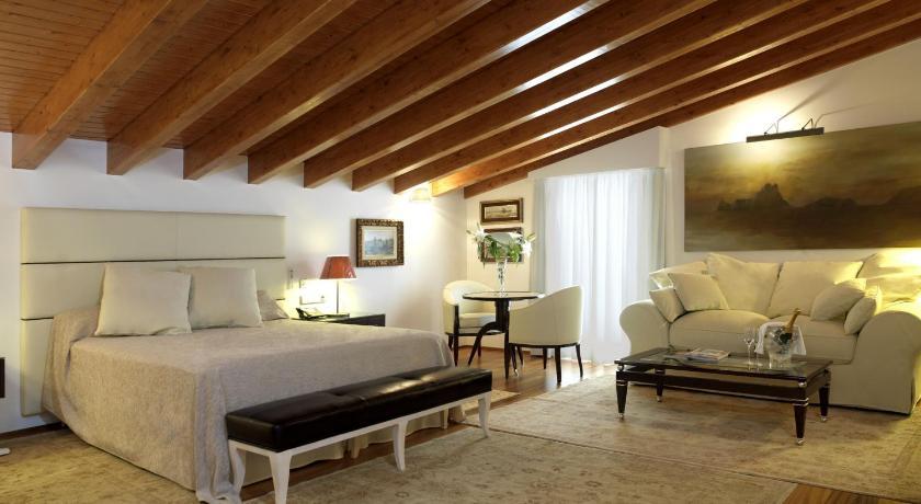 Hotel Mirador de Dalt Vila 13