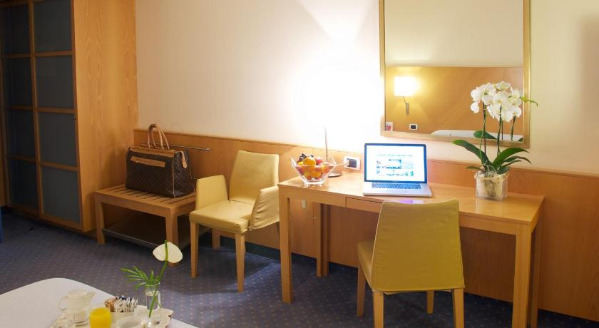 Double or Twin Room Executive Bergamo