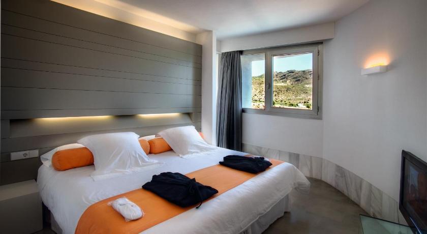 hoteles con encanto en almería  103