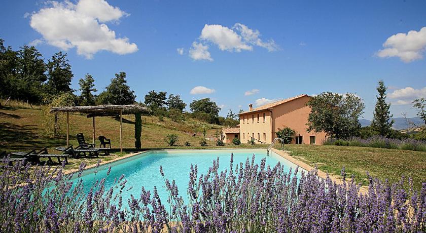 Best Price on Villa Le Terme in San Casciano Dei Bagni + Reviews