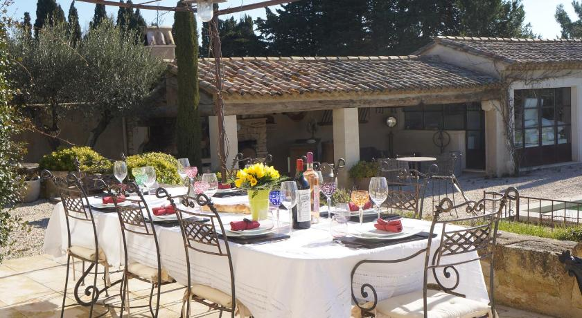 Mas Saint Rmy De Provence  Rservez En Ligne  Bed  Breakfast Europe