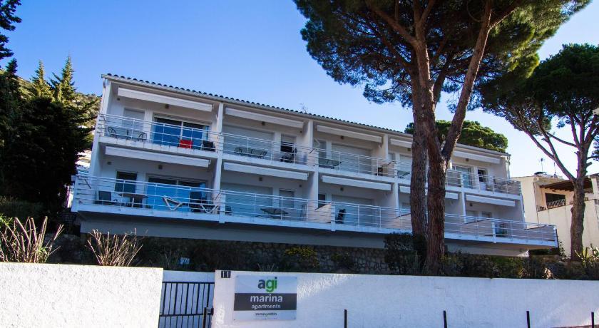 Agi Marina Apartments Diaz Pacheco, 11 Roses