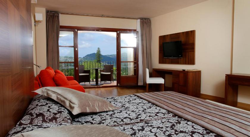 hoteles con encanto en randa  24
