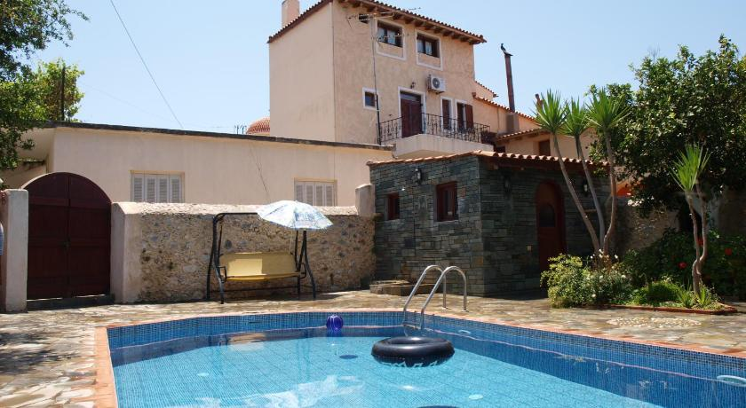 Swimmingpool Εlegant Villa Liakos