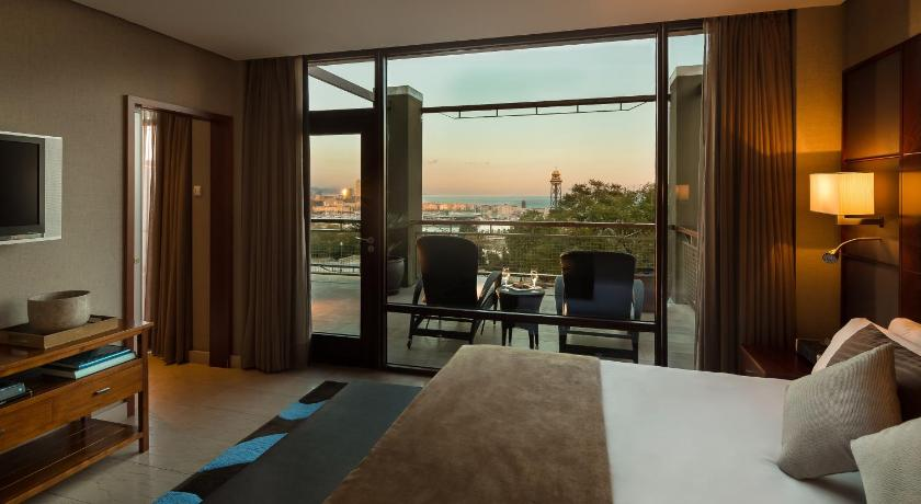boutique hotels in barcelona  299