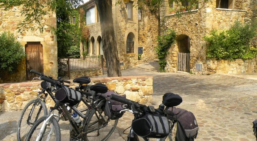 boutique hotels in monells  4