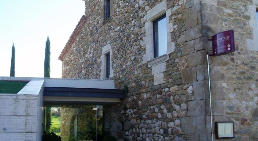 boutique hotels in monells  6