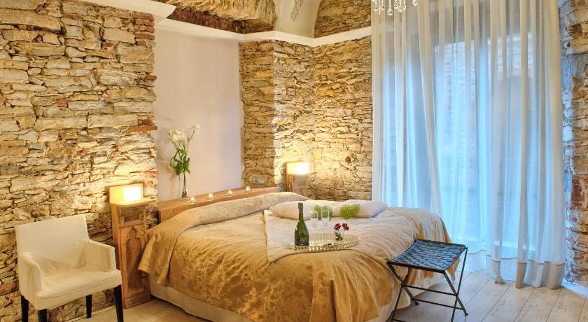 boutique hotels begur  205