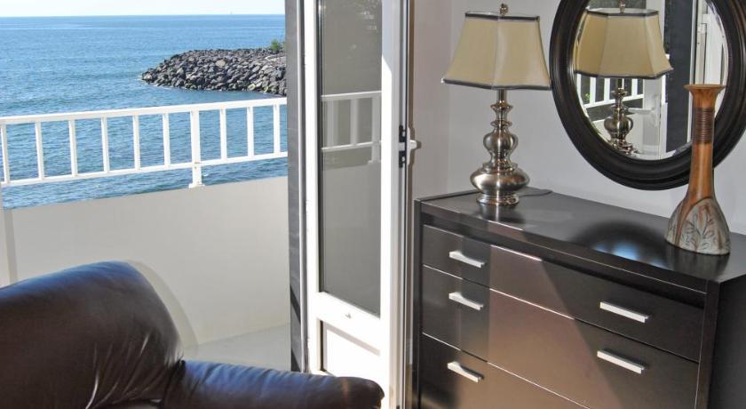 Apartamentos 3 Praias R. Direita da Igreja 20 Ponta Delgada