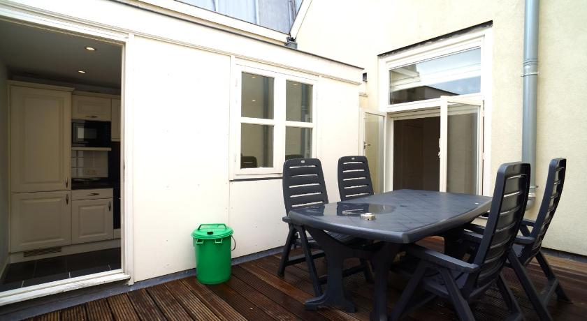 Balcony/terrace Stayci Serviced Apartments Noordeinde