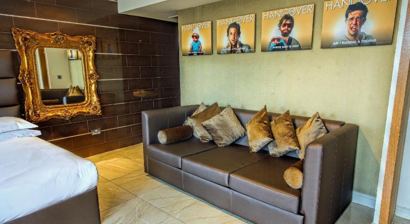 ... Signature Living Hotel 56 58 Stanley Street Liverpool ...