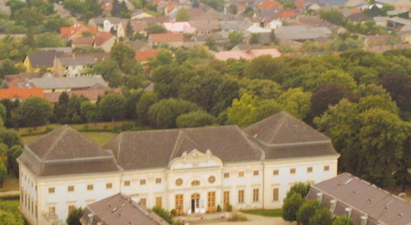Knappenstöckl Im Schloss Halbturn