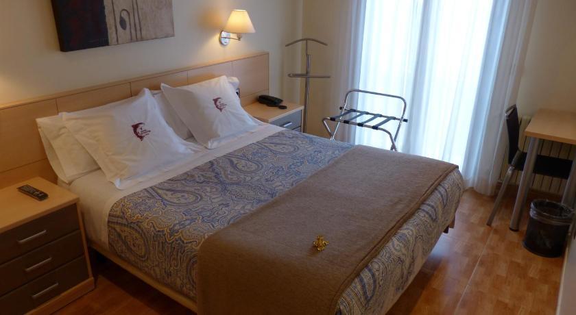 Hotel Les Truites Carrer dels Pareatges, 8 Pas de la Casa