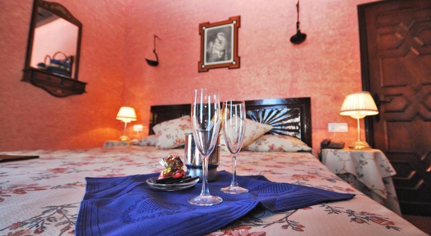 hoteles con encanto en cádiz  109