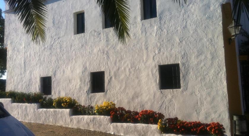 hoteles con encanto en cádiz  101