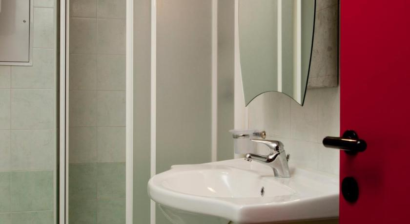 Bathroom Residence Savoia