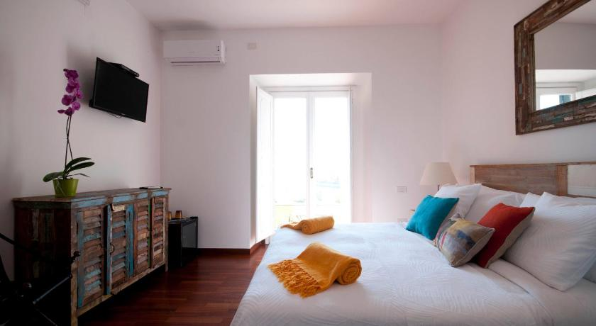 Double Room with Terrace - Guestroom Molo 44