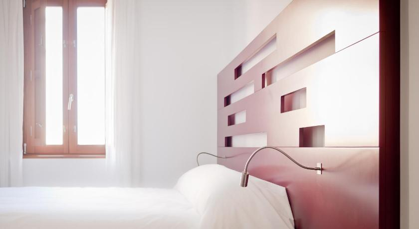 hoteles con encanto en berlanga de duero  94